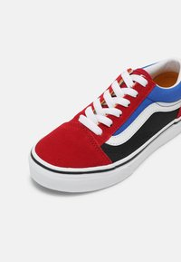 Vans - UY OLD SKOOL - Trainers - chili pepper/nautical blue - 6