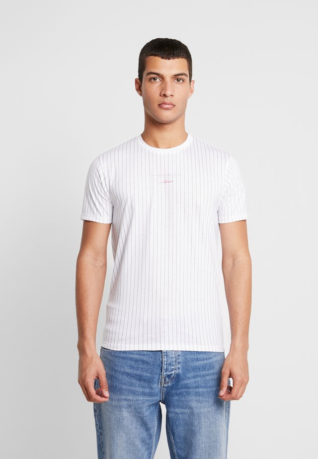 FITTED BLACK FINE STRIPE - T-shirt imprimé - black