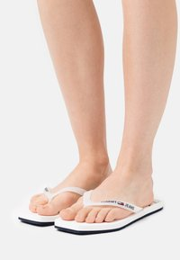 Tommy Jeans - SQUARE TOE BEACH  - T-bar sandals - white - 0