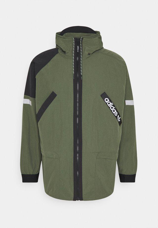 Giacca leggera - green