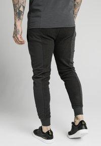SIKSILK - Pantaloni sportivi - washed grey - 2