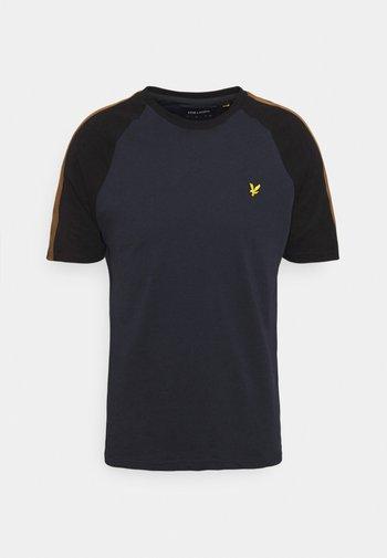 COLOUR BLOCK - Basic T-shirt - dark navy