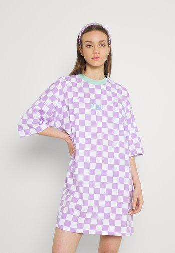 STOKED DRESS - Jerseykjole - purple/white