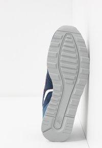 New Balance - WL996 - Zapatillas - navy - 6