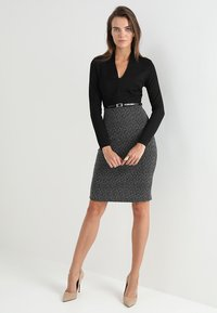 Anna Field - Shift dress - offwhite/black - 1