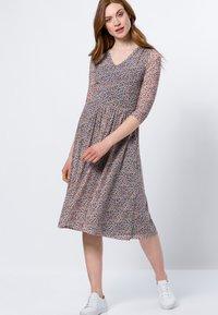 zero - Day dress - magenta rouge - 0