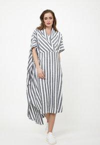 Madam-T - KORNA - Maxi dress - schwarz/weiß - 0