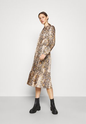 JULIA MODERN DRESS - Day dress - mottled brown