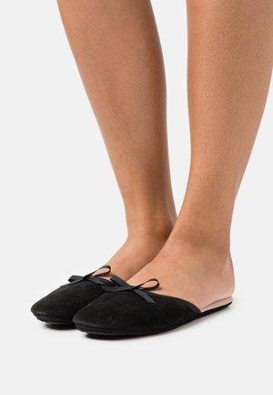 SATI - Slippers - black