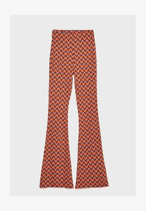 MIT ZICKZACKMUSTER - Trousers - purple
