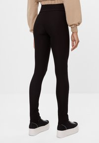 Bershka - Leggings - Trousers - black - 2