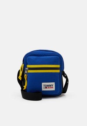 COLLEGE TECH REPORTER UNISEX - Across body bag - blue
