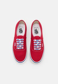 Vans - ANAHEIM AUTHENTIC 44 DX UNISEX - Trainers - red/offwhite/blue - 3