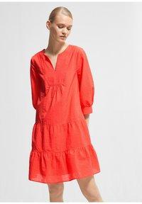 comma - Jumper dress - coral - 4
