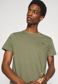 Petrol Industries - SPECIAL 3 PACK - Basic T-shirt - army/burgundy/navy - 5