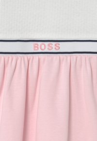 BOSS Kidswear - DRESS - Jersey dress - white pink - 2