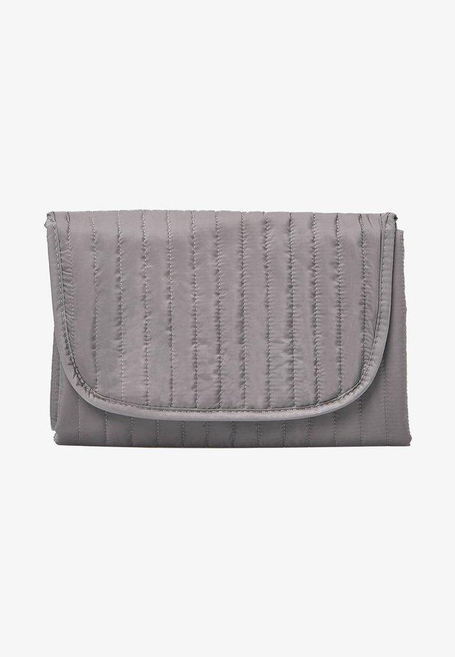 Trousse - grey