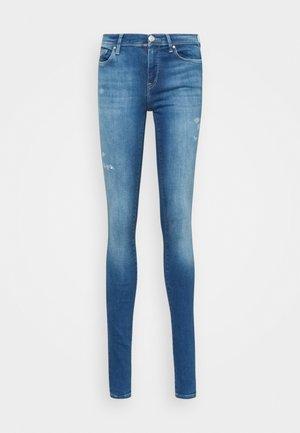 ONLSHAPE LIFE - Jeans Skinny Fit - light medium blue denim