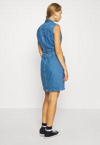 Lee - DRAWSTRING DRESS - Denim dress - clean callie - 2
