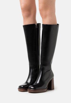 Platform boots - black sierra