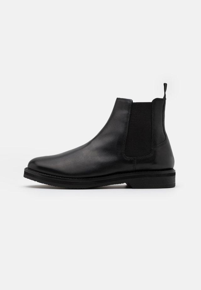 JAZZ CHELSEA BOOT - Kotníkové boty - black