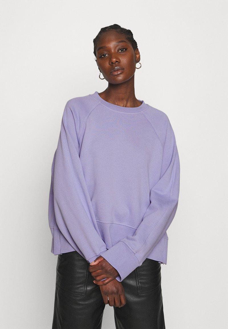 ARKET - SWEAT - Sudadera - purple