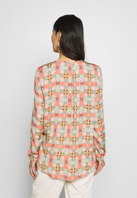 Cartoon - Blouse - taupe/apricot - 2