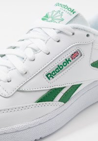 Reebok Classic - CLUB C REVENGE  - Trainers - white/glen green - 5