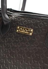 ALV by Alviero Martini - Handbag - nero - 3