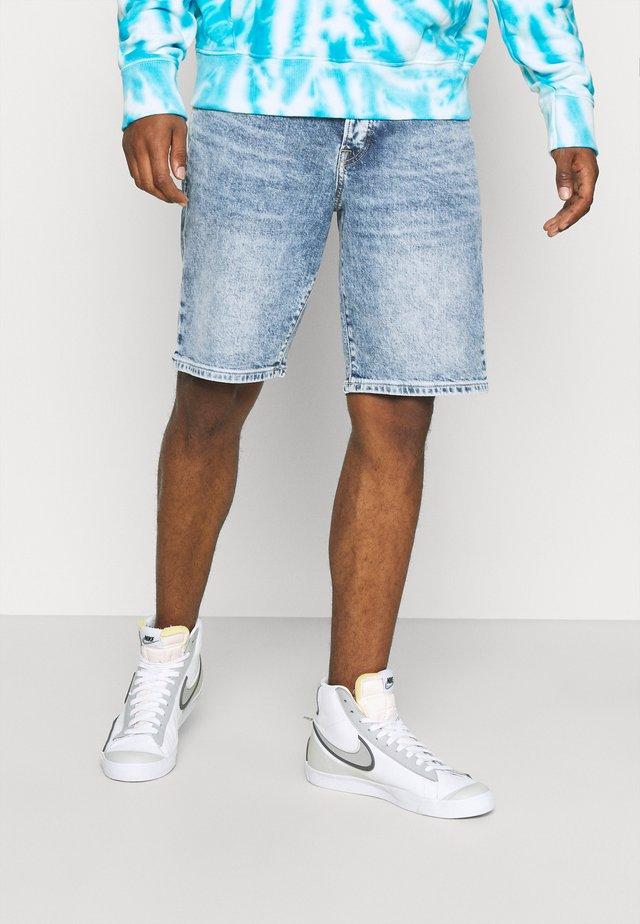 TIMEWORN - Denim shorts - blue denim