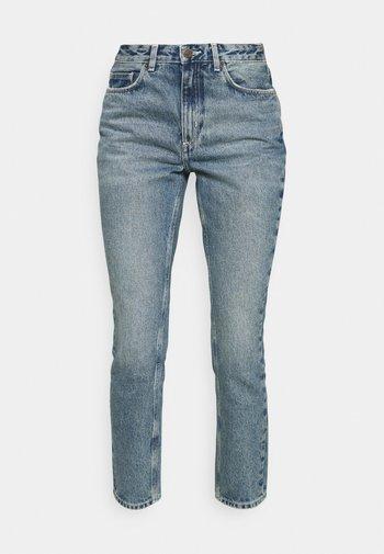 BUSBOROW - Straight leg jeans - blue dirty