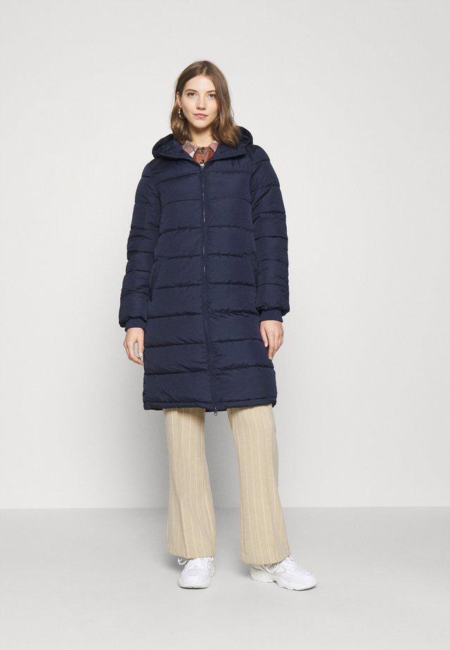 PCBEE - Winter coat - carry over