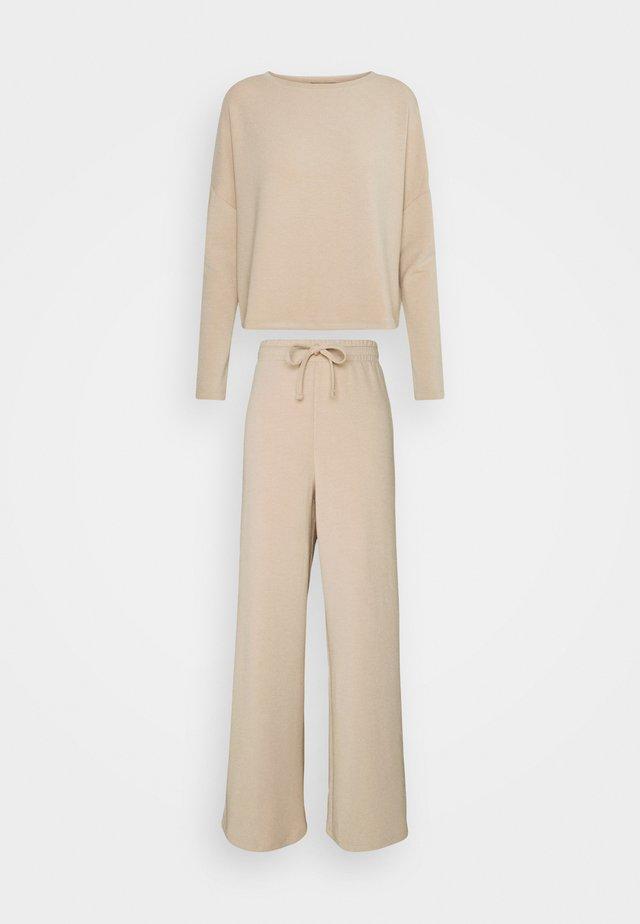 Pyjama - sand