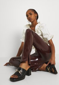 Nly by Nelly - SLIM  PANT - Trousers - brown - 3