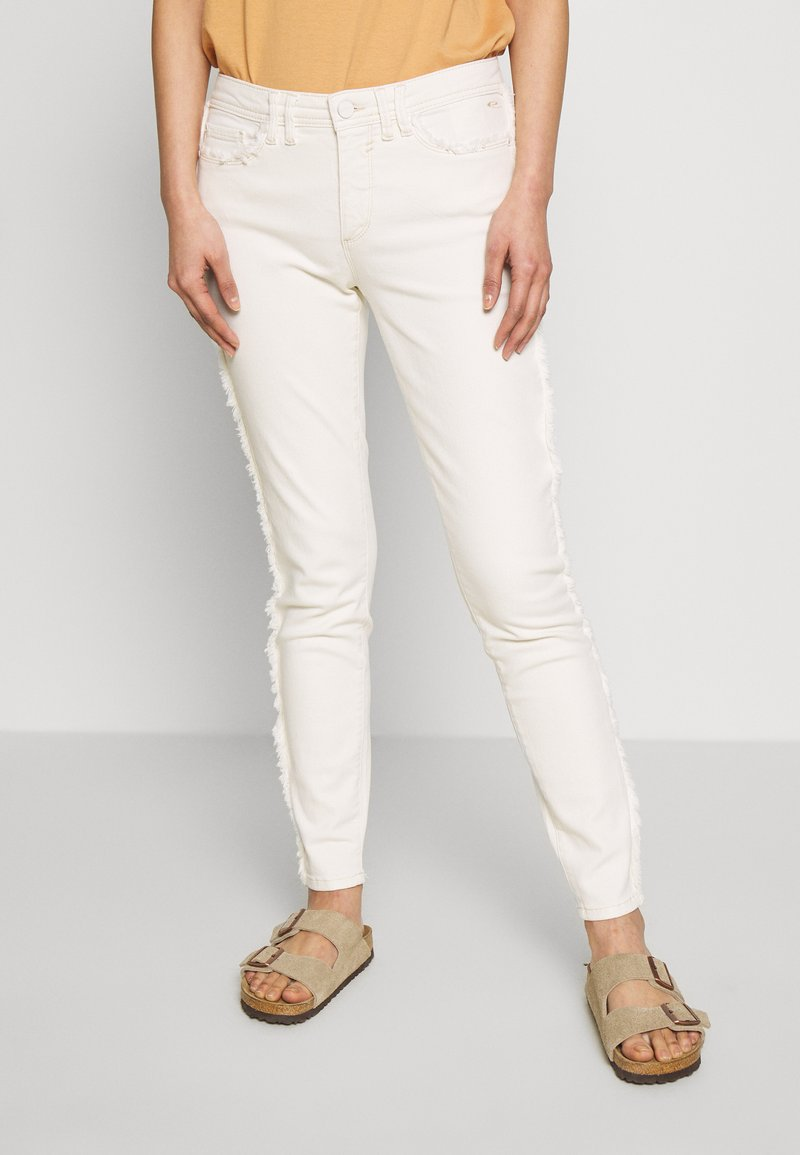 Expresso - DUNJA - Slim fit jeans - milchweiß