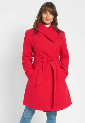 ASYMMETRISCHER - Classic coat - salsarot