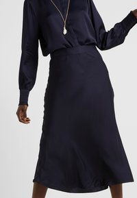 Bruuns Bazaar - BACA SKIRT - A-line skirt - dark navy - 3