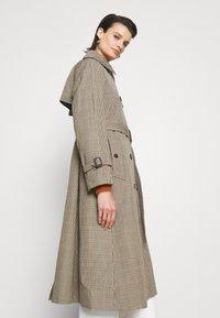 Mackintosh - ALLY - Trenchcoat - light brown - 5