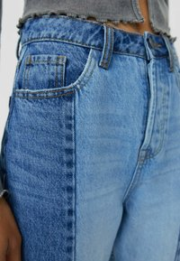 Stradivarius - PATCHWORK - Jean droit - blue - 3