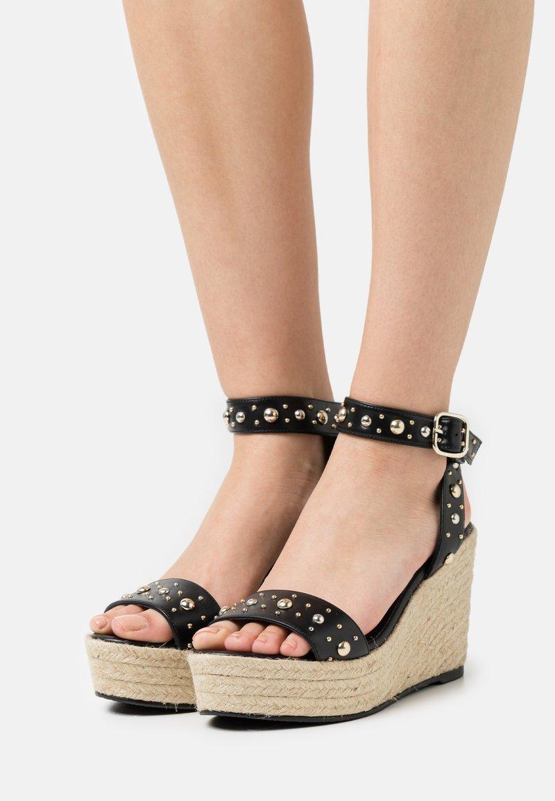 maje - Sandały na platformie - noir