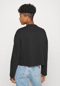 Nike Sportswear - W NSW LS  - Long sleeved top - black - 2