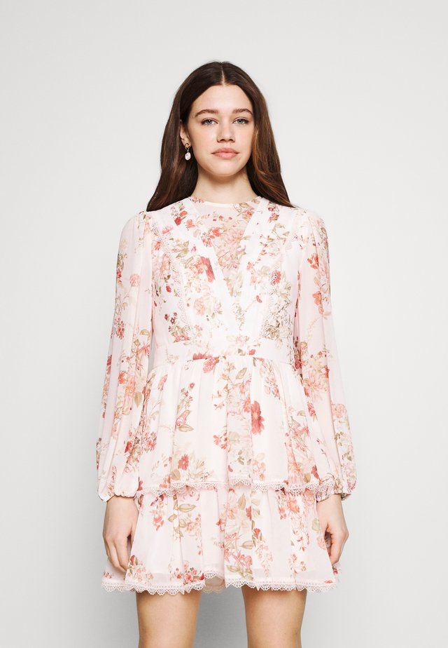 TRIM SPLICE DRESS - Korte jurk - modern romance