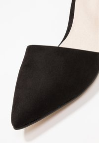 Bianco - BFDIVIVED  - Classic heels - black - 2