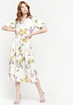 FLORAL - Shirt dress - white