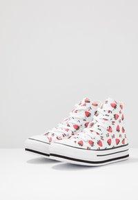 Converse - CHUCK TAYLOR ALL STAR PLATFORM EVA - Sneakers alte - white/garnet - 3