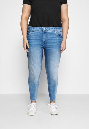 VMLUX - Jeans slim fit - light blue denim