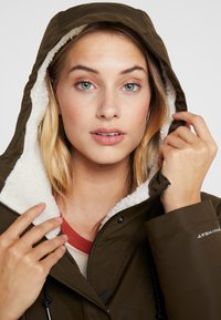 Columbia - SOUTH CANYON - Parka - olive green - 3