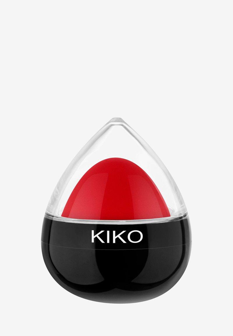 KIKO Milano - DROP LIP BALM - Lip balm - 03 cherry juice