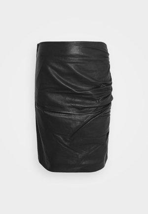 CLARISSE THINKTWICE - Minisukně - black