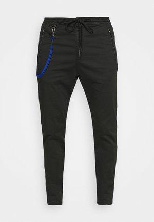 PANTS - Pantaloni - blackboard